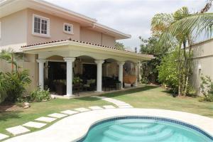 Casa En Alquileren Panama, Costa Del Este, Panama, PA RAH: 20-10388