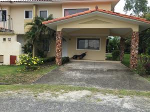 Casa En Ventaen Chame, Coronado, Panama, PA RAH: 20-10896