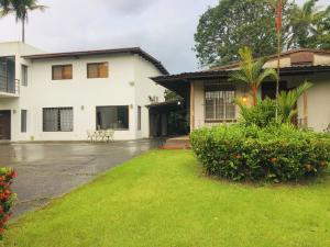 Casa En Ventaen Panama, Diablo, Panama, PA RAH: 20-5879