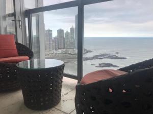 Apartamento En Alquileren Panama, Avenida Balboa, Panama, PA RAH: 20-11383