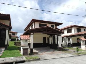 Casa En Alquileren Panama, Las Cumbres, Panama, PA RAH: 20-11492