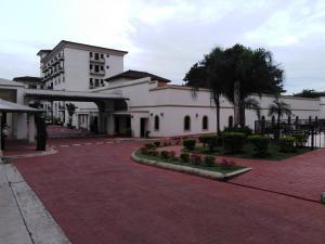 Apartamento En Ventaen Panama, Albrook, Panama, PA RAH: 20-11494