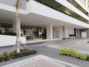 Apartamento En Ventaen Panama, Santa Maria, Panama, PA RAH: 20-11642