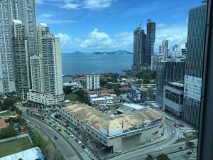 Oficina En Alquileren Panama, Punta Pacifica, Panama, PA RAH: 20-11964