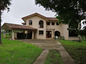Negocio En Ventaen Boquete, Palmira, Panama, PA RAH: 20-12073