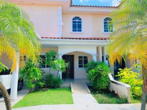 Casa En Ventaen Panama, Costa Del Este, Panama, PA RAH: 20-12275