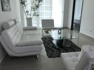 Apartamento En Alquileren Panama, Bellavista, Panama, PA RAH: 20-12303