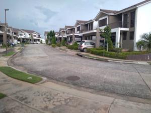 Casa En Ventaen Panama, Brisas Del Golf, Panama, PA RAH: 20-12449