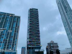 Apartamento En Ventaen Panama, Avenida Balboa, Panama, PA RAH: 20-12703