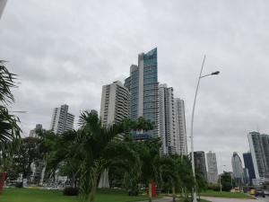 Apartamento En Alquileren Panama, Avenida Balboa, Panama, PA RAH: 20-12801