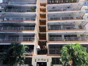 Apartamento En Alquileren Panama, Obarrio, Panama, PA RAH: 21-49