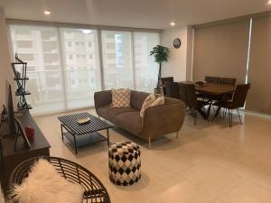 Apartamento En Alquileren Panama, Costa Del Este, Panama, PA RAH: 21-124