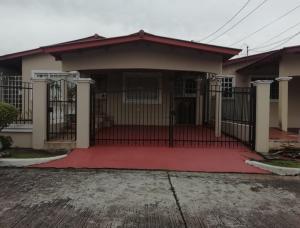 Casa En Ventaen San Miguelito, Brisas Del Golf, Panama, PA RAH: 21-163