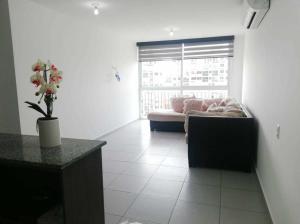 Apartamento En Alquileren Panama, Ricardo J Alfaro, Panama, PA RAH: 21-378