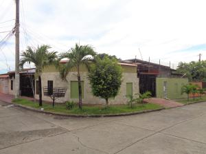 Casa En Ventaen Panama, Rio Abajo, Panama, PA RAH: 21-457