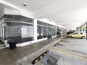 Local Comercial En Alquileren Panama, El Dorado, Panama, PA RAH: 21-471