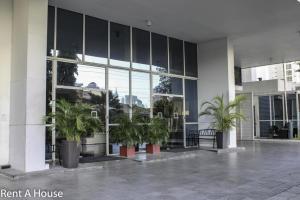 Apartamento En Ventaen Panama, San Francisco, Panama, PA RAH: 21-497