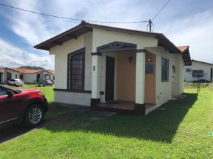 Casa En Ventaen Panama, Las Cumbres, Panama, PA RAH: 21-573
