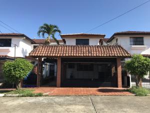 Casa En Ventaen Panama, Villa De Las Fuentes, Panama, PA RAH: 21-581