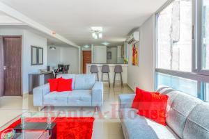 Apartamento En Ventaen Panama, Carrasquilla, Panama, PA RAH: 21-594