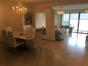 Apartamento En Alquileren Panama, Avenida Balboa, Panama, PA RAH: 21-657