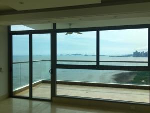 Apartamento En Ventaen Panama, Costa Del Este, Panama, PA RAH: 21-701