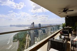 Apartamento En Ventaen Panama, Costa Del Este, Panama, PA RAH: 21-703