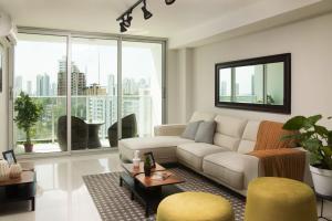 Apartamento En Ventaen Panama, Carrasquilla, Panama, PA RAH: 21-735