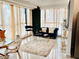 Apartamento En Ventaen Panama, Obarrio, Panama, PA RAH: 21-742
