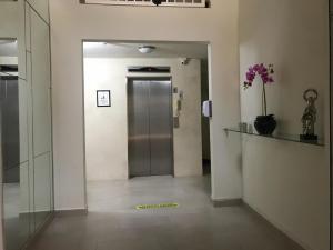 Apartamento En Alquileren Panama, Versalles, Panama, PA RAH: 21-752