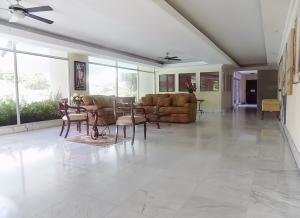 Apartamento En Ventaen Panama, Paitilla, Panama, PA RAH: 21-823