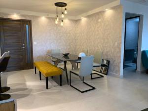 Apartamento En Alquileren Panama, San Francisco, Panama, PA RAH: 21-857
