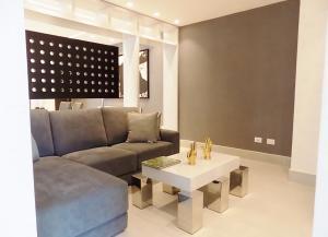Apartamento En Alquileren Panama, San Francisco, Panama, PA RAH: 21-879