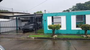 Casa En Ventaen Panama, Las Cumbres, Panama, PA RAH: 21-925