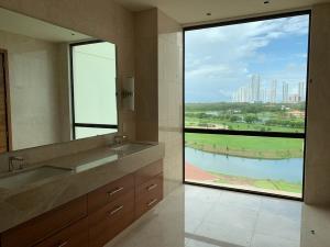 Apartamento En Ventaen Panama, Santa Maria, Panama, PA RAH: 21-1000