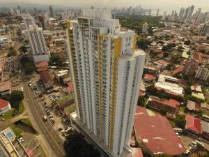 Apartamento En Alquileren Panama, Carrasquilla, Panama, PA RAH: 21-1295