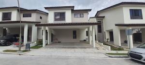 Casa En Alquileren Panama, Brisas Del Golf, Panama, PA RAH: 21-1325