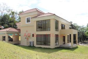 Casa En Ventaen Panama, Clayton, Panama, PA RAH: 21-2096