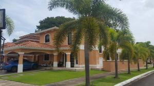 Casa En Alquileren Panama, Clayton, Panama, PA RAH: 21-2005