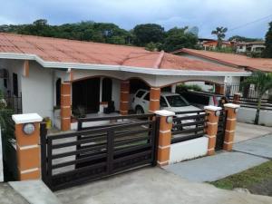 Casa En Ventaen Santiago, Santiago, Panama, PA RAH: 21-2095
