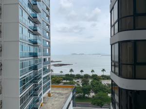 Apartamento En Alquileren Panama, Avenida Balboa, Panama, PA RAH: 21-2132