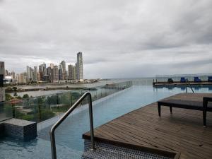 Apartamento En Alquileren Panama, Avenida Balboa, Panama, PA RAH: 21-2219