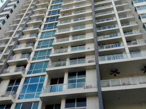 Apartamento En Ventaen Panama, El Cangrejo, Panama, PA RAH: 21-2699