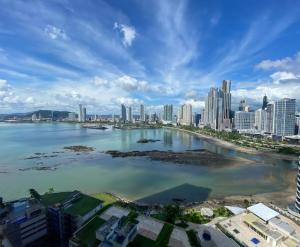 Apartamento En Alquileren Panama, Paitilla, Panama, PA RAH: 21-2809