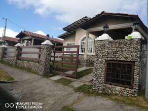 Casa En Ventaen Boquete, Alto Boquete, Panama, PA RAH: 21-2870