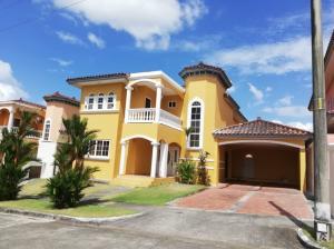Casa En Ventaen Panama, Condado Del Rey, Panama, PA RAH: 21-3017