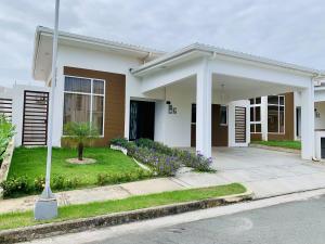 Casa En Alquileren La Chorrera, Chorrera, Panama, PA RAH: 21-2284