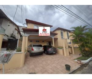 Casa En Ventaen Panama, Brisas Del Golf, Panama, PA RAH: 21-3098