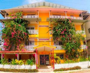 Edificio En Ventaen Bocas Del Toro, Bocas Del Toro, Panama, PA RAH: 21-3156
