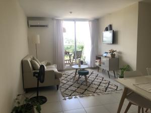Apartamento En Alquileren Panama, Las Acacias, Panama, PA RAH: 21-3365